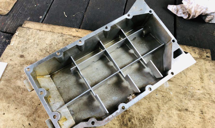 Einbau eines Ölschwallblechkits in die Rover K-Serie